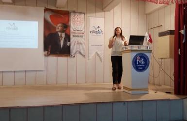 Nalan KURT 'un Kaleminden. Dünya Kız Çocukları Günü'nde Dijital Okuryazarlık ve Dijital Çağ Konulu Proje Konferansı